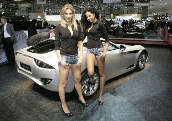 2009 geneva motor show babes 19 glo
