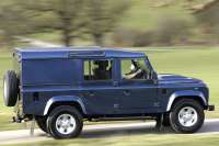 land rover defender 110 utility wagon glowne