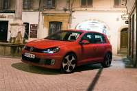 volkswagen golf gti 2010 800x600 wallpaper 13