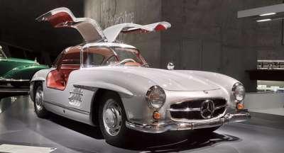 mercedes benz museum tour 01glowne