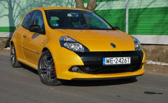 renault clio 2016v 203km rs 2009 01 glo