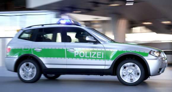 bmw x3 police car 001 glo