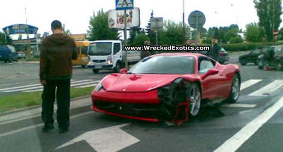 ferrari 458 italia crash 001 glo