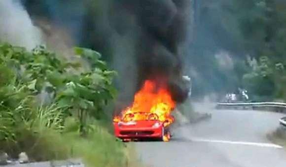video ferrari 458 italia catches fire in china glo