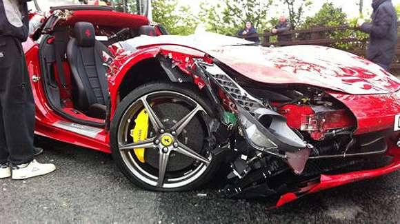 car crash ferrari 458 italia loses roof in the uk glo