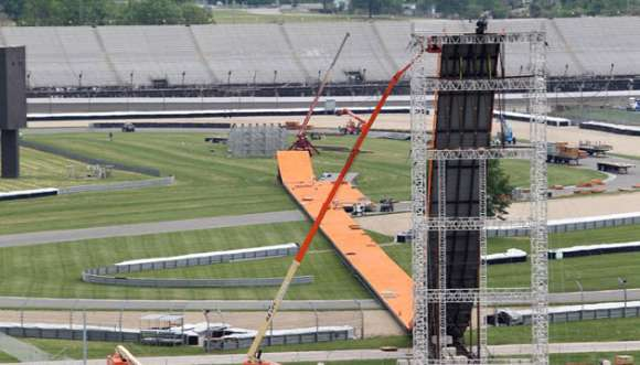 indy 500 jump glo