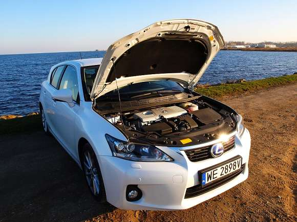Lexus CT200h Prestige test