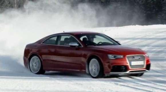 2013 Audi RS5 po faceliftingu on the snow