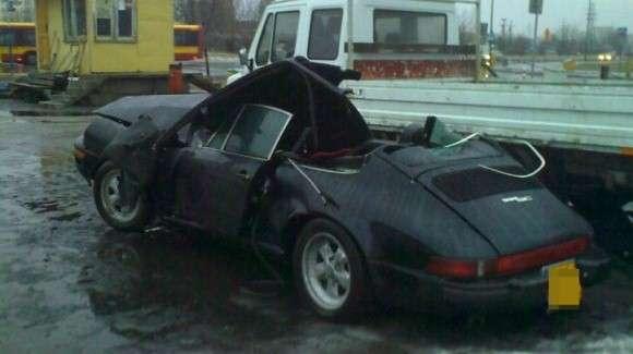 Zabytkowe Porsche 911 klasyk rozbite