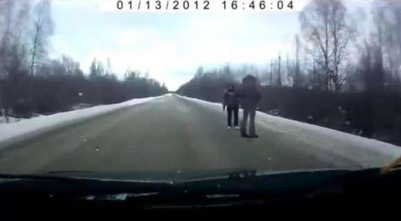 Rosyjscy autostopowicze spowodowali wypadek