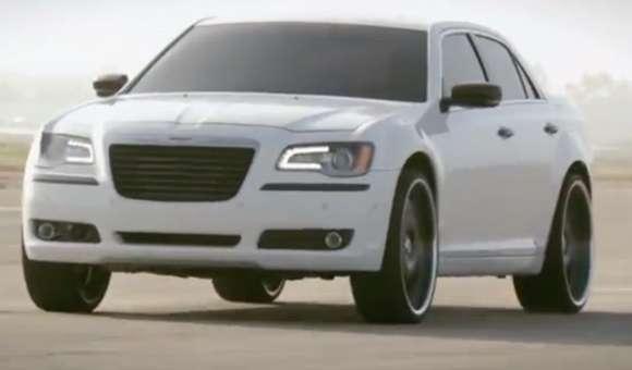 will.i.am promuje Chryslera 300S