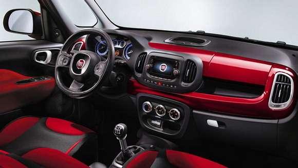 Fiat 500L wnętrze