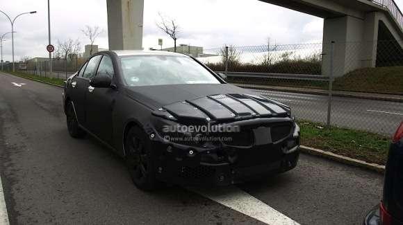 Nowy Mercedes Klasy C 2014 szpieg