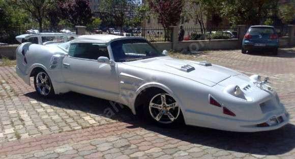 Turecki dziwaczny samochód