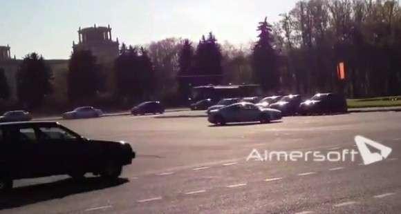 Audi R8 i Łada Samara wypadek