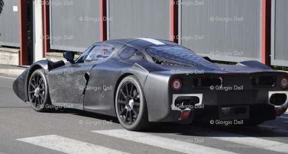 Ferrari F70 spy shots
