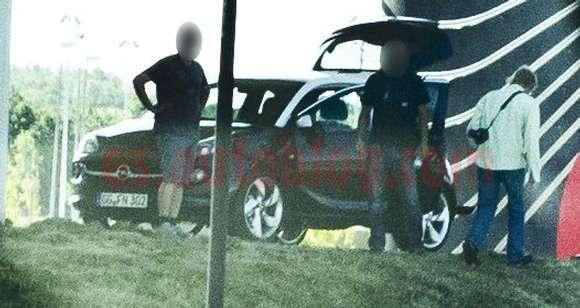 Opel Adam 2013 przyłapany
