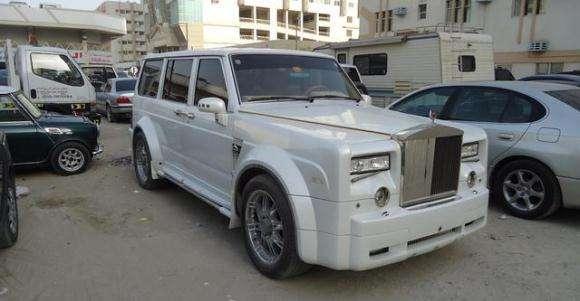 Nissan Patrol i Rolls Royce Phantom replika