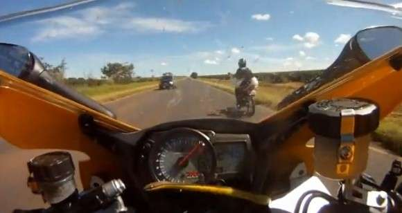 Wąż na motorze