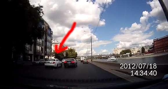 Mercedes CL wypadek Rosja