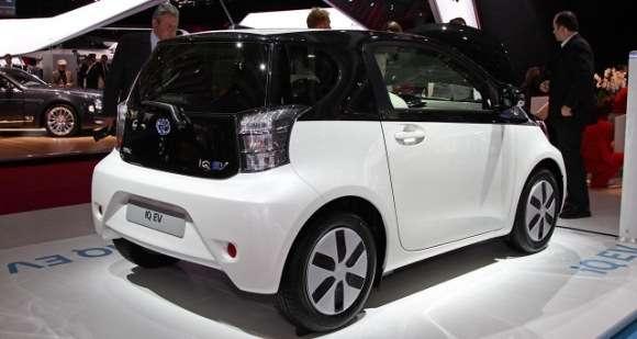 Toyota IQ EV Paryż 2012