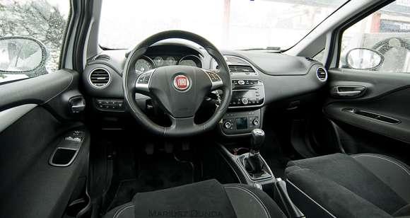Fiat Punto wnętrze