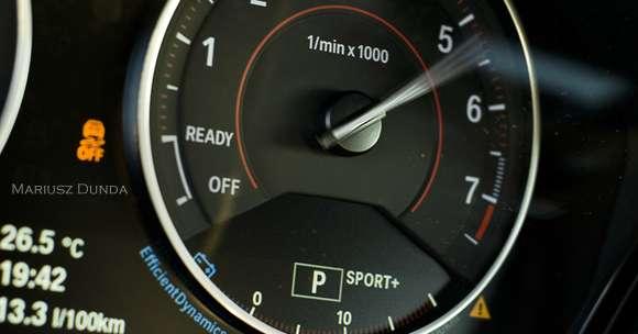 BMW M135i xDrive zegary