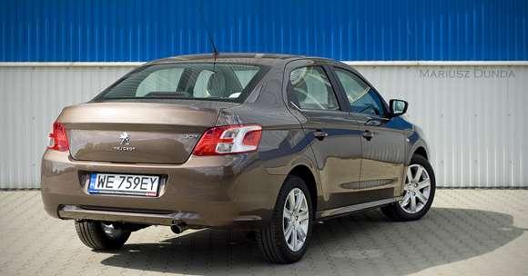 Peugeot 301 tył